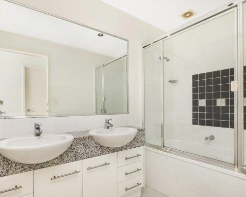 alexandra-headlands-1-and-2-bedroom-accommodation-level-5 (1)