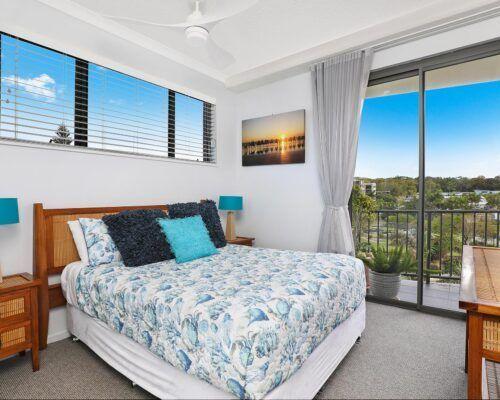 alexandra-headlands-superior-ocean-view-apartment-(6)